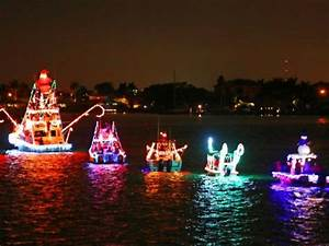 Annual Festival of Lights Illuminated Boat Parade in ...