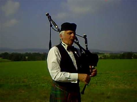 Skye Boat Song Bagpipes And Drums by Skye Boat Song Cradle Song The Scots Guards Doovi