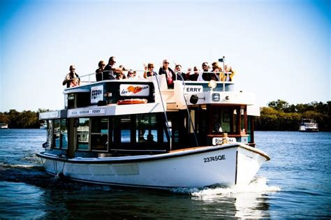 Round Boat Hire Noosa by Things To Do In Noosa 17 Fun Activities Around Noosa