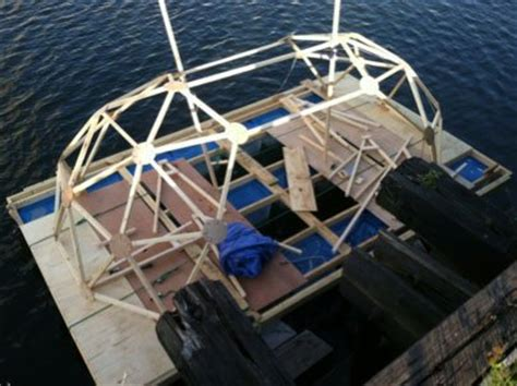 Houseboats Under 10000 by This Geodesic Houseboat Cost Less Than 2 000 To Build