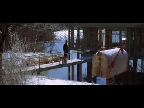 la maison pres du lac avi