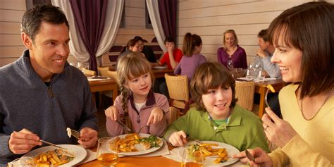 How To Successfully Occupy Children In Restaurants Without
