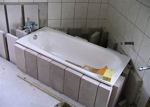 Eckbadewanne Fliesen Bilder : wannentr ger einbauen das brauchen sie daf r ~ Markanthonyermac.com Haus und Dekorationen