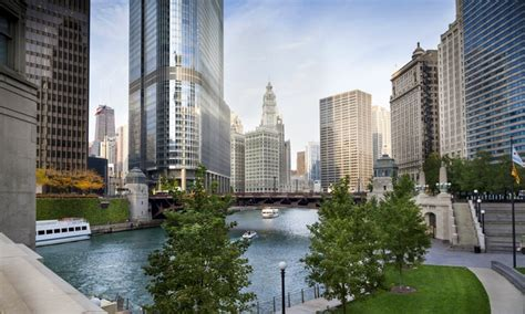 Group Boat Cruise Chicago by Chicago River Walking Tour Second City Tours Groupon