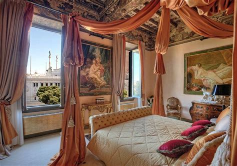 Luxury Penthouse In The Heart Of Rome