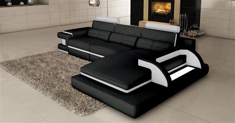 deco in 1 canape d angle cuir noir et blanc design avec lumiere ibiza angle droit ibiza
