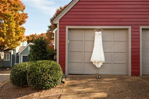 and ben yorktown virginia freight shed wedding ben hallissy photography