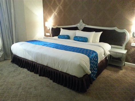 The Super King Size Bed  Picture Of Rc Hotel, Melaka