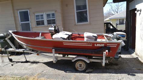 Lowe Boats Lebanon Mo Jobs by 14 Ft Lowe Aluminum Boat 14 Foot 1982 Lowe Boat In