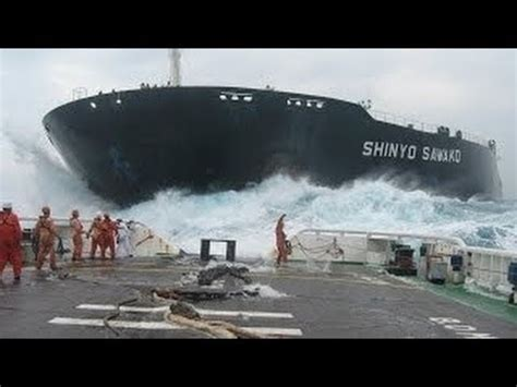 Tug Boat Accidents Youtube by Panama Canal Ship Accident Original Version From Owner