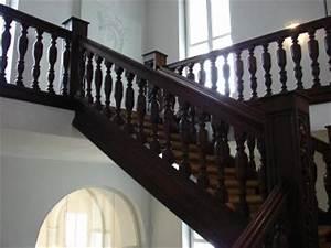 Klassische Brettspiele Aus Holz : holztreppen werden immer beliebter ~ Markanthonyermac.com Haus und Dekorationen