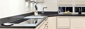 Naturstein Spülbecken Küche : kueche arbeitsplatten ob granit quarzstein oder standardplatte ~ Markanthonyermac.com Haus und Dekorationen