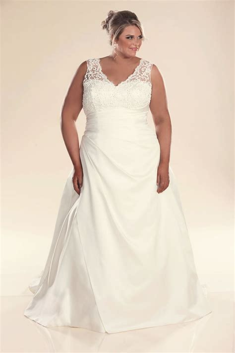 Plus Size Wedding Dress With Straps Jenny  Bridal Gowns. Wedding Dresses Plus Size Uk Cheap. Favorite Celebrity Wedding Dresses. Summer Destination Wedding Guest Dresses. Simple Wedding Dresses Second Hand. Vintage Lace Wedding Dresses Uk. Wedding Dress Style For Hourglass Body. Elegant Old Fashioned Wedding Dresses. Vera Wang Wedding Dresses Worn By Celebrities