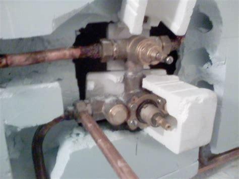 pose d un robinet de encastr 233 le briconaute