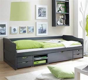 Schlafzimmer Betten Günstig : betten 90x200 mit schubladen in einem holzrahmen am besten ~ Markanthonyermac.com Haus und Dekorationen
