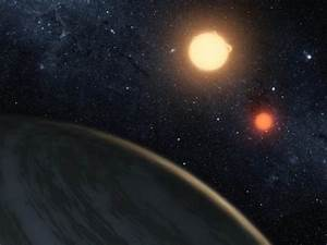 wordlessTech | A Planet Orbiting two Stars (video)