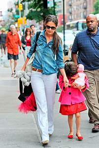 Katie Holmes treats Suri Cruise to another day of fun in ...