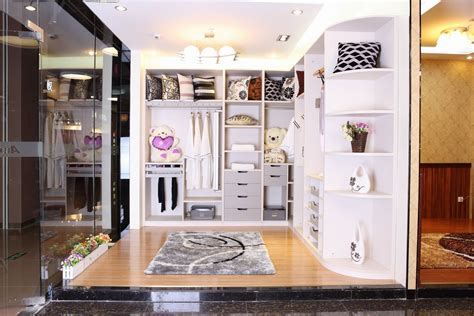 Walk In Closet Designs As Cozy Home's Storage Area Contemporary Kitchen Backsplashes Rustic Cabinets Ideas Galley Style Classic Kitchens Dining Sets Extreme Makeover English Cottage Designs Yellow Vintage