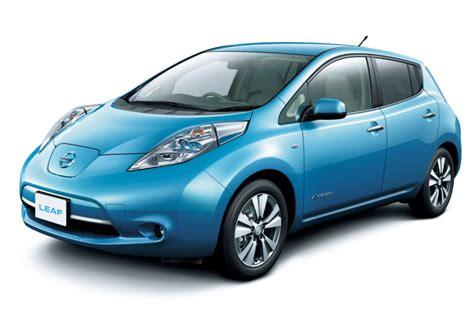 nissan leaf steps up with larger battery and longer driving range