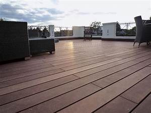 Holzdielen Für Terrasse : bankirai terrasse selber verlegen anleitung in 4 schritten ~ Markanthonyermac.com Haus und Dekorationen