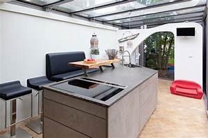 Küche Beton Holz : leicht k che mit grauwacke arbeitsplatte und k chenfronten in beton optik k chenhaus thiemann ~ Markanthonyermac.com Haus und Dekorationen