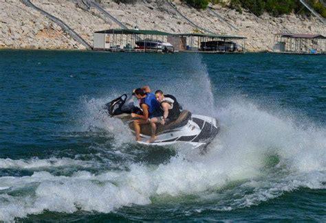 Boat Rental On Lake Austin by Austin Boat Rentals Luxury Boat Rentals On Lake Travis