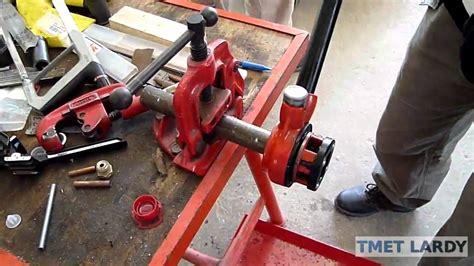 plomberie02 filetage tuyau avec fili 232 re