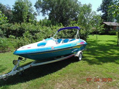 Sea Ray Jet Boat 1997 by Sea Ray Sea Rayder Jet Boat Boats For Sale