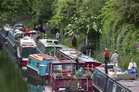 Rent Canal Boat London by London Rents Crisis A Home On The City S Canal Boats And