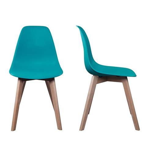 les 25 meilleures id 233 es concernant chaise scandinave pas cher sur tapis scandinave