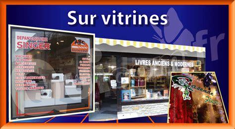 publicite lettrage adhesif pour enseigne vitrine magasin