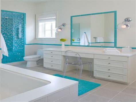 Planning & Ideas  Beach Bathroom Decorating Ideas Country