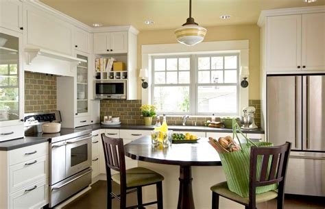 K Designers Home Remodeling : Bungalow Kitchen Portland Or