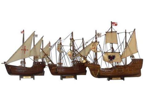 Barcos De Cristobal Colon La Niña La Pinta Yla Santa Maria by Barcos De Colon Carabelas Que Us Cristbal Coln En Muelles