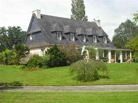 maison 224 vendre en bretagne morbihan roudouallec superbe maison n 233 o bretonne dans un beau parc