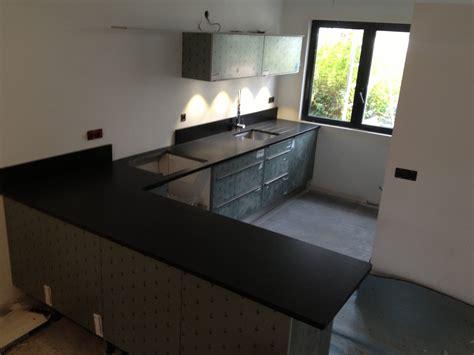plan de travail granit quartz table en mabre essonne plan de travail cuisine