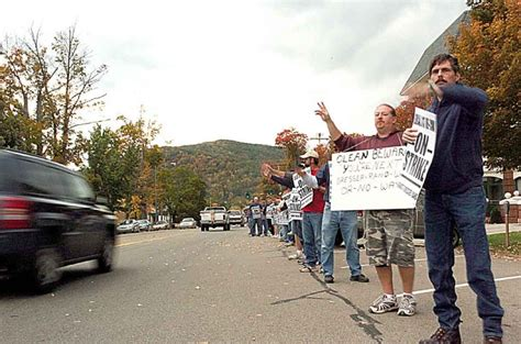 dresser rand wellsville new york dresser rand employees from painted post picket in olean