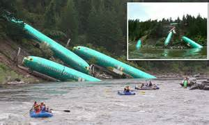 North River Boats Scandal by Train Carrying Boeing 737 Parts Derails Sending Plane