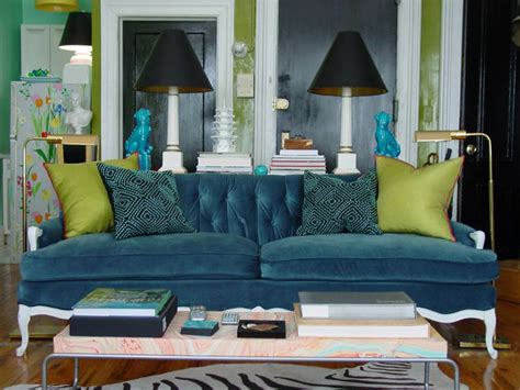 23+ Green Wall Designs, Decor Ideas For Living Room