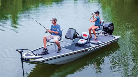 Bass Tracker Boat Videos by Tracker Boats 2016 Pro 160 Mod V Aluminum Fishing Boat