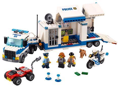Amazoncom LEGO City Police Mobile Command Center 60139