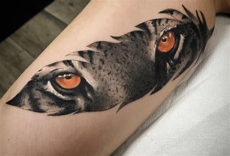 Tatouage Dentelle Yeux Tattoo Art