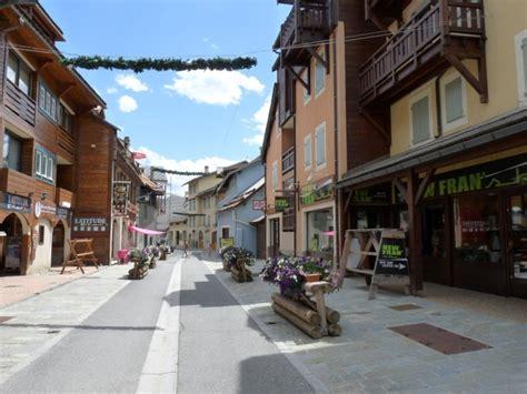 Photo à Saintchaffrey (05330)  Rue Du Centre Saint