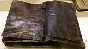 Encontrado antigo Evangelho que nega a crucificação de ...