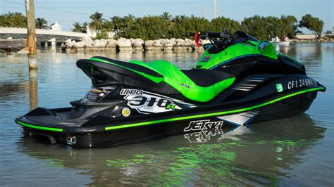 Waterscooter Huren by Kawasaki S 310 Horsepower Jet Ski Is Pure Madness