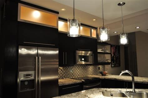 55 Lovely Hanging Pendant Lights For Your Kitchen Island