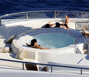 Party Boat Miami Price by Boat Charters Yacht Rentals Party Boat Rentals In Miami