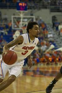 Photo Gallery: Men's Basketball Takes Easy Win Over ...