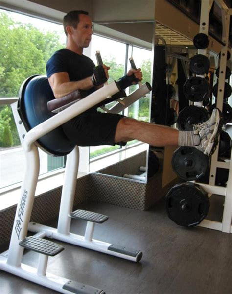 abs workout captain s chair leg rise and mind
