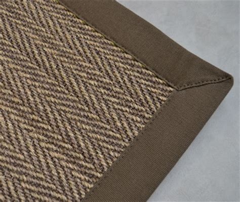 tapis sur mesure en moquette shaggy coco sisal jonc de mer et pour la terrasse et le salon de